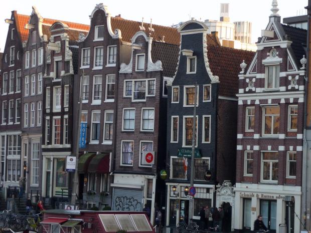 Weekend ad amsterdam e visita al museo di van gogh for Casa vacanza ad amsterdam