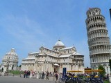 Mircale square and Pisa tower